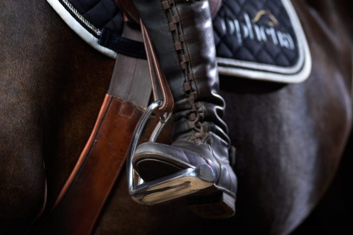 Choosing the perfect safety stirrups for your horse riding discipline